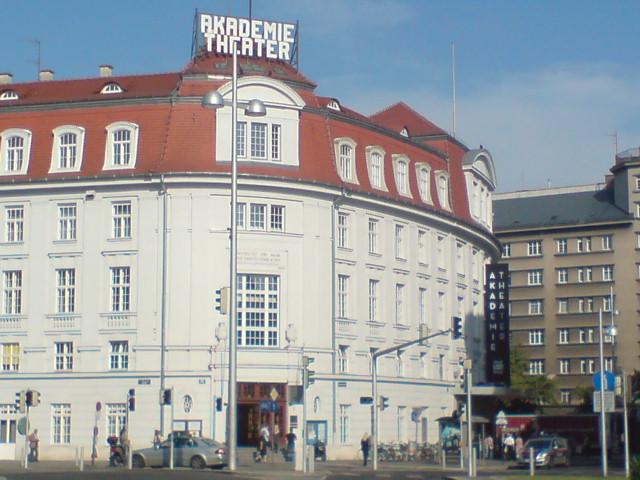 wien_akademietheater-juni-2011-73.JPG