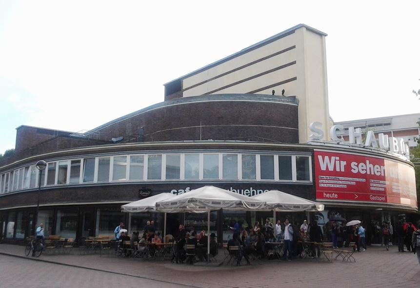 schaubuhne_tanz-im-august-2012.jpg