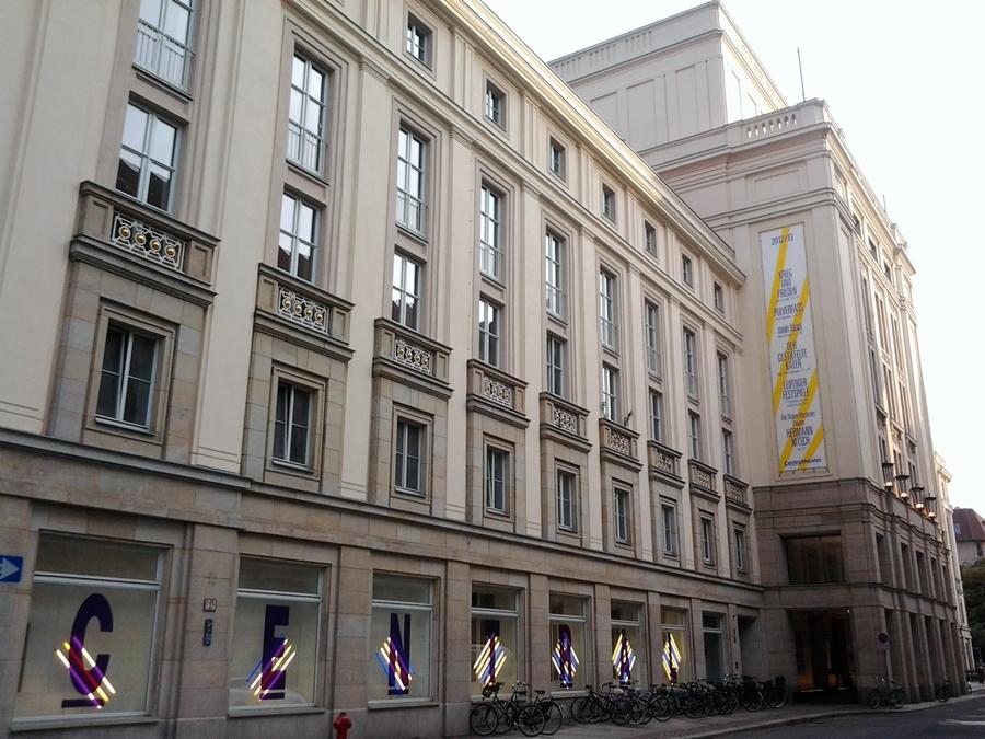 centraltheater-leipzig_sept-2012.jpg