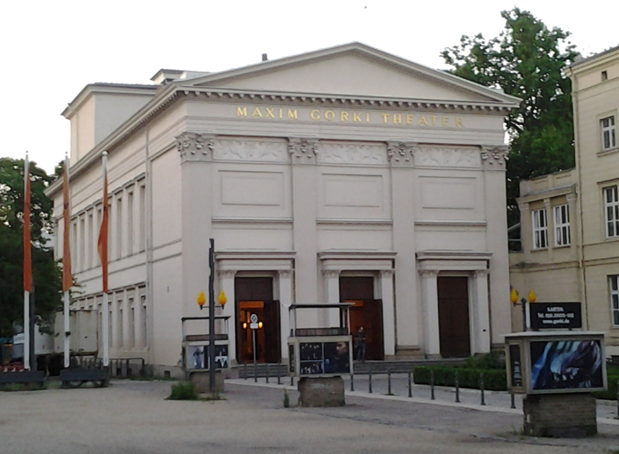 maxim-gorki-theater_juni-2012.jpg