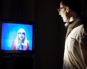 Die TV-Märchentante in der Kommune der Wahrheit - Foto: Armin Bardel