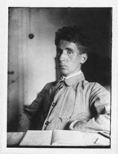 Der junge Brecht - Foto: Staats-und-Stadtbibliothek-Augsburg