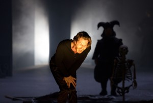 HAMLET am BE - Christopher Nell, Peter Luppa - Foto: Lucie Jansch