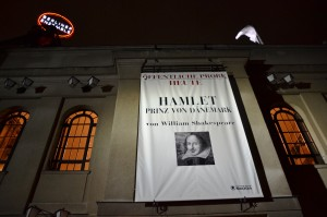 HAMLET am Berliner Ensemble - Foto: St. B.