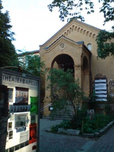 Die Theaterkapelle in Berlin-Friedrichshain. - Foto: St. B.