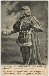 Sarah Bernhardt als Hamlet, 1899 - Foto (c) Deutsches Theatermuseum