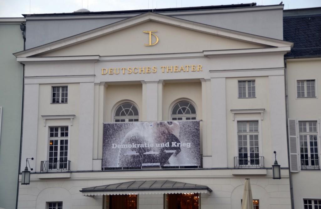 Deutsches Theater Berlin. Spielzeit 13/14 - Foto: St. B.