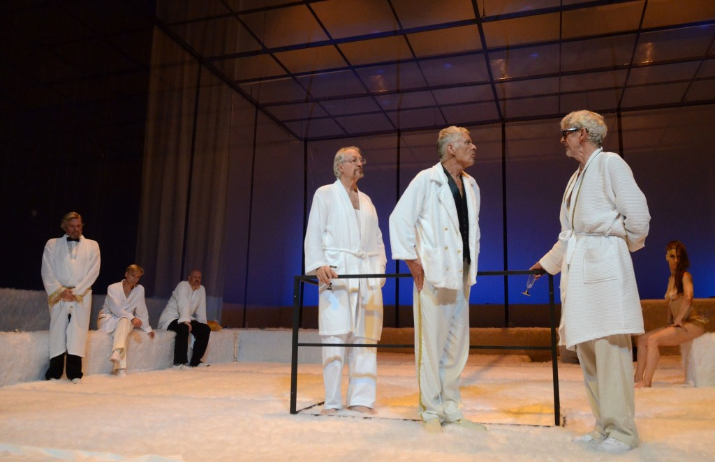 Sommer 14 - EinTotentanz im Theater am Schiffbauerdamm Foto (c) Barbara Ellen Volker