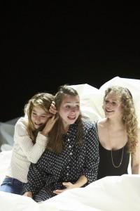 Drei Schwestern am Staatsschauspiel Dresden Foto (C) Matthias Horn
