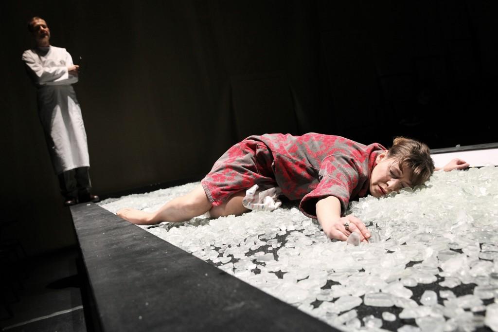 Christa Wolfs Geteilter Himmel an der Schaubühne Berlin - Foto (C) Dorothea Tuch