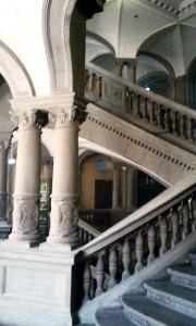 Treppenhaus des Carl-von-Ossietzky-Gymnasium - Foto: St. B.