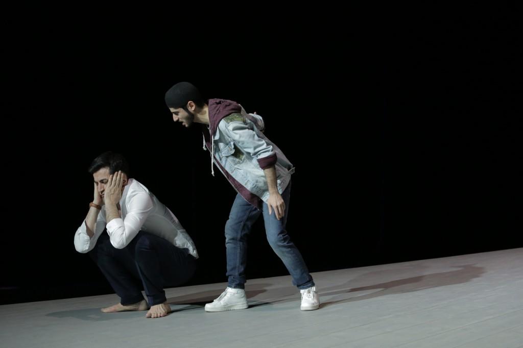 Geächtet - Disgraced von Ayad Akhtar im Berliner Theater am Kurfürstendamm - Foto (c) Katarina Ivanisovic