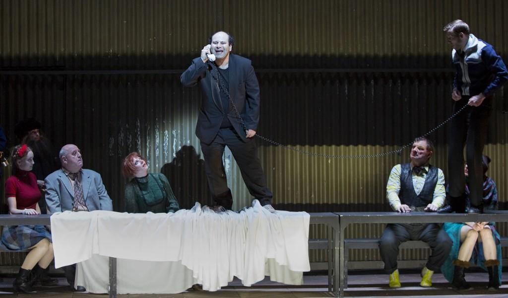 Der Selbstmörder am BE - Foto (C) Lucie Jansch