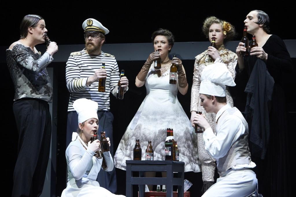 Fellinis Das Schiff der Träume am Staatsschauspiel Dresden - Foto (c) Matthias Horn
