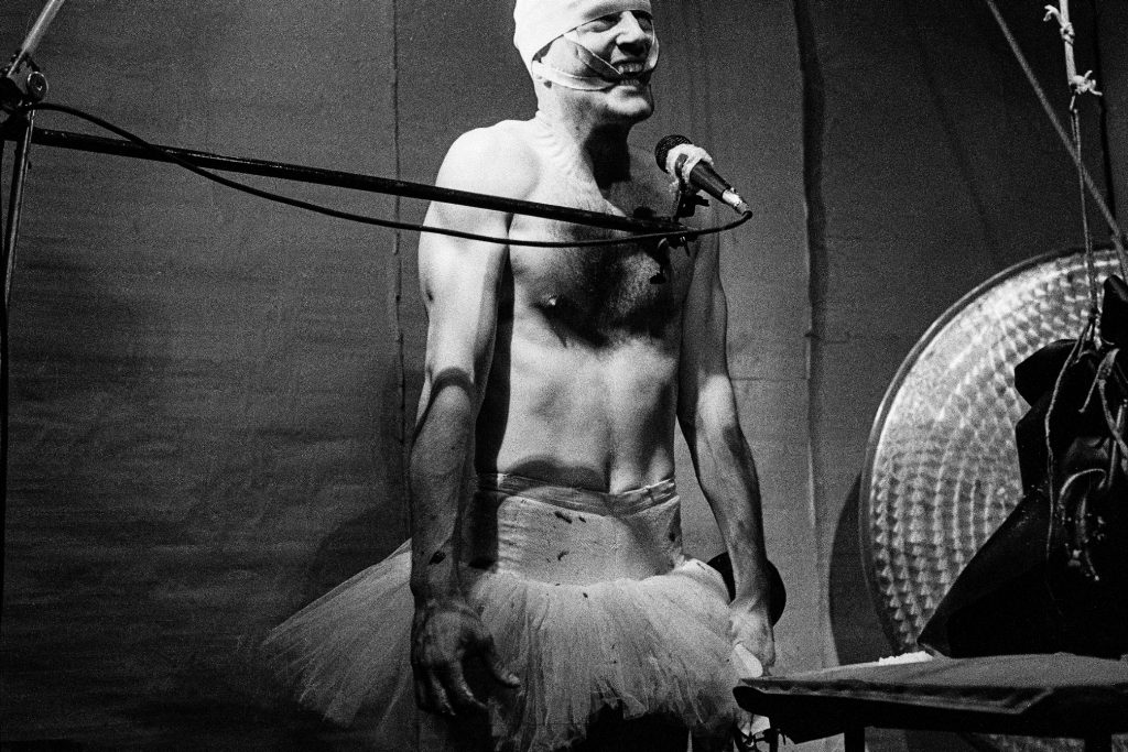 Performance Via Lewandowsky, Berlin, 1989 - Foto © Jochen Wermann