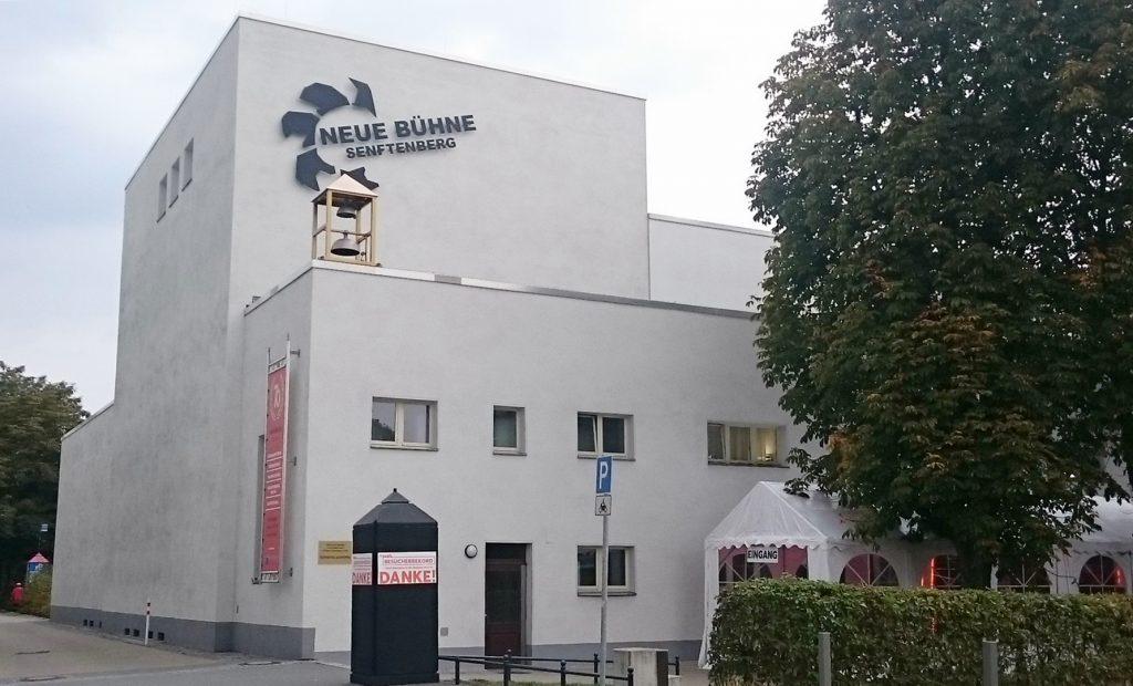 Die Neue Bühne Senftenberg lädt zum Fest - Foto: St. B,