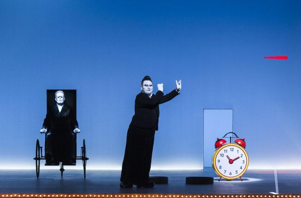 Georgios Tsivanoglou und Martin Schneider in Becketts Endspiel am Berliner Ensemble - Foto (c) Lovis Ostenrik